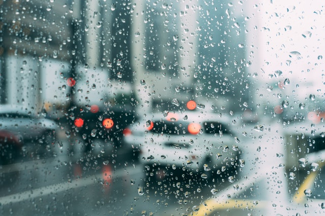 traffic in a rainy city